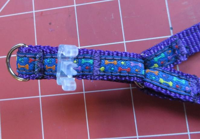 blog harness top finishing stitch